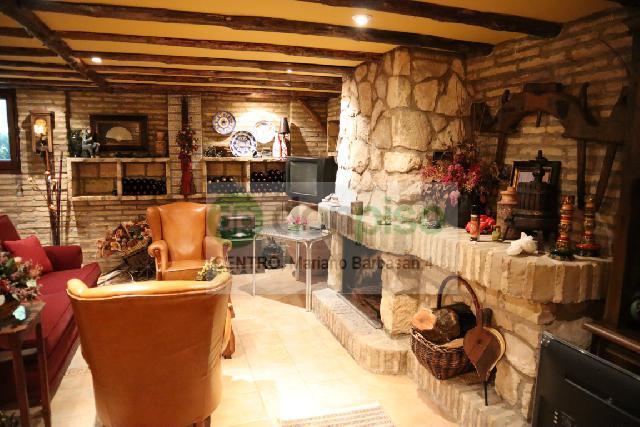 Imagen 1 Inmueble 243252 - Casa en venta en Zaragoza / Fuente de la Junquera