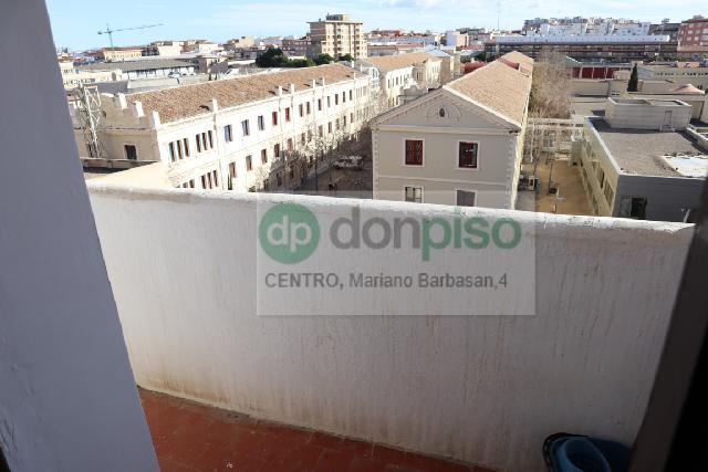 Imagen 1 Inmueble 245839 - Piso en venta en Zaragoza / Calle San Francisco de Borja