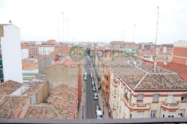 Imagen 1 Inmueble 247488 - Ático en venta en Zaragoza / Calle Miguel Servet