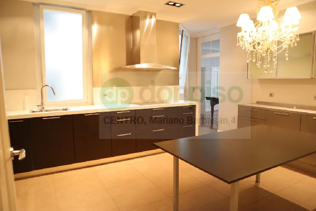 Imagen 1 Inmueble 251054 - Piso en alquiler en Zaragoza / Calle San Miguel