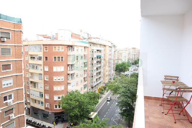 Imagen 1 Inmueble 251485 - Piso en venta en Zaragoza / Calle San Juan de la Cruz