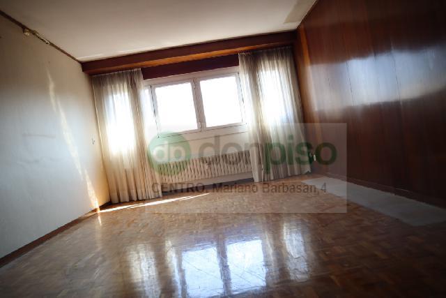 Imagen 1 Inmueble 252081 - Piso en venta en Zaragoza / Calle Parque Roma