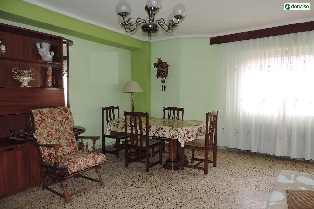Imagen 1 Inmueble 201452 - Piso en venta en Salamanca / Avenida Los Comuneros