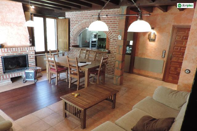 Imagen 1 Inmueble 217550 - Casa Rústica en venta en Huerta / Carretera Huerta a cordovilla