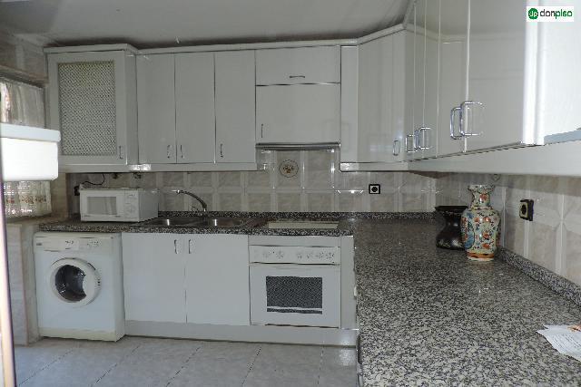 Imagen 1 Inmueble 226071 - Piso en venta en Salamanca / Calle almendralejo