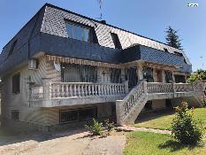 234683 - Casa Aislada en venta en Santa Marta De Tormes / Urbanización los alamos