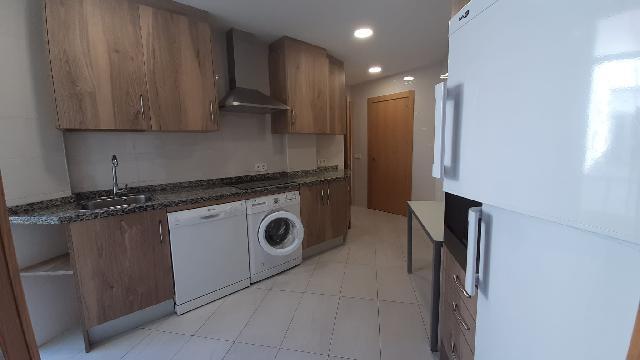 Imagen 1 Inmueble 243246 - Piso en alquiler en Salamanca / Avenida Portugal