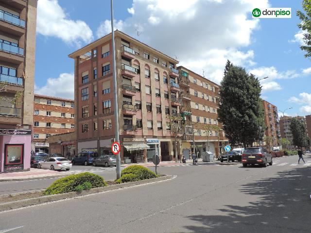 Imagen 1 Inmueble 248055 - Piso en venta en Salamanca / Calle Miguel de Unamuno .