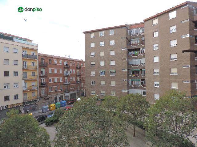 Imagen 1 Inmueble 249733 - Piso en venta en Salamanca / Calle Greco. Garrido Sur