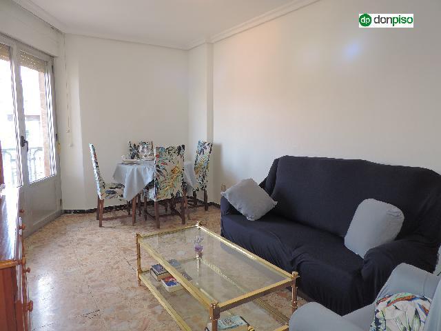 Imagen 1 Inmueble 249764 - Piso en venta en Salamanca / Avenida Comuneros