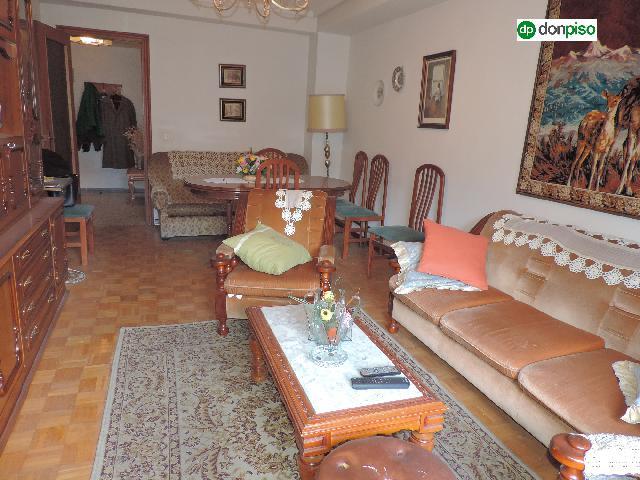 Imagen 1 Inmueble 250052 - Piso en venta en Salamanca / Calle Lucero. Las Claras