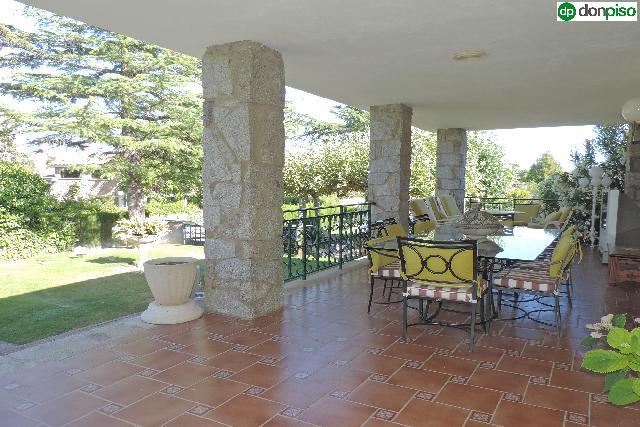 Imagen 1 Inmueble 252476 - Casa Aislada en venta en Galindo Y Perahuy / Urbanización la rad