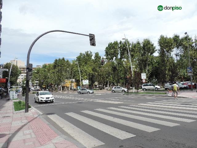 Imagen 1 Inmueble 253141 - Local Comercial en alquiler en Salamanca / Paseo canalejas