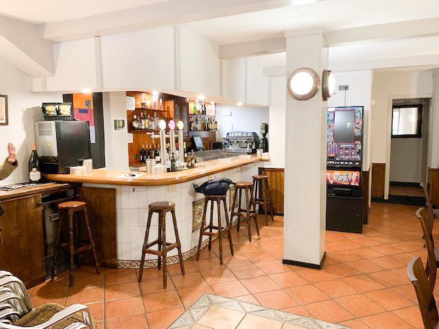 Imagen 1 Inmueble 236342 - Local Comercial en venta en Getxo / Las Arenas centro