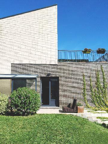 Imagen 1 Inmueble 244182 - Casa en venta en Sopelana / Zona Larrabasterra