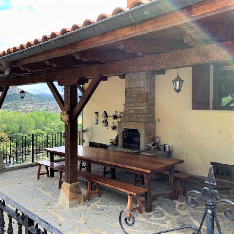 Imagen 1 Inmueble 246497 - Casa en venta en Merindad De Valdeporres /