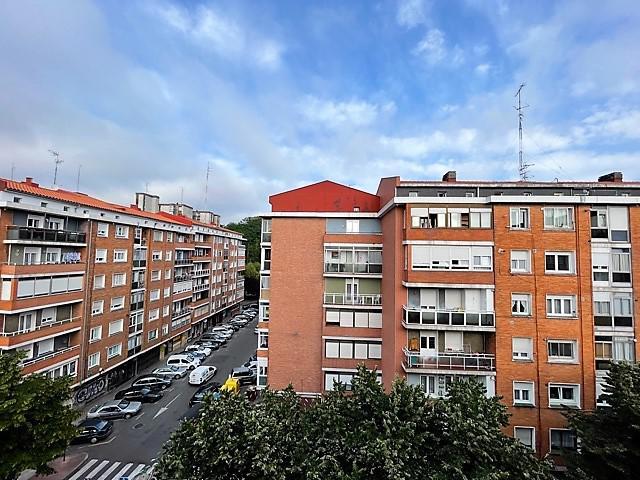 Imagen 1 Inmueble 250811 - Piso en venta en Getxo / Zona        Romo