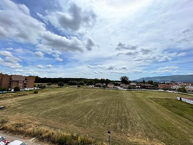 Imagen 1 Inmueble 251814 - Piso en venta en Villarcayo De Merindad De Castilla La Vieja / Zona Villarcayo