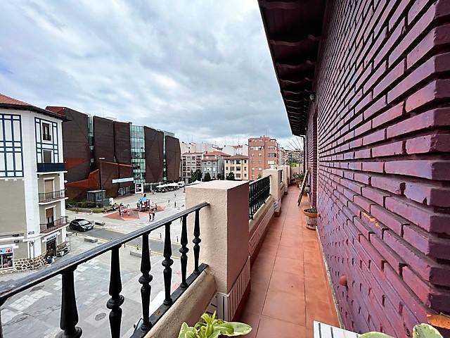 Imagen 1 Inmueble 252037 - Piso en venta en Getxo / Zona       Romo