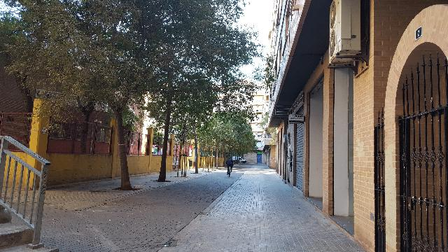 Imagen 1 Inmueble 233629 - Local Comercial en venta en Valencia / Entre Calles Jose M.ª Haro y Pedro de Valencia