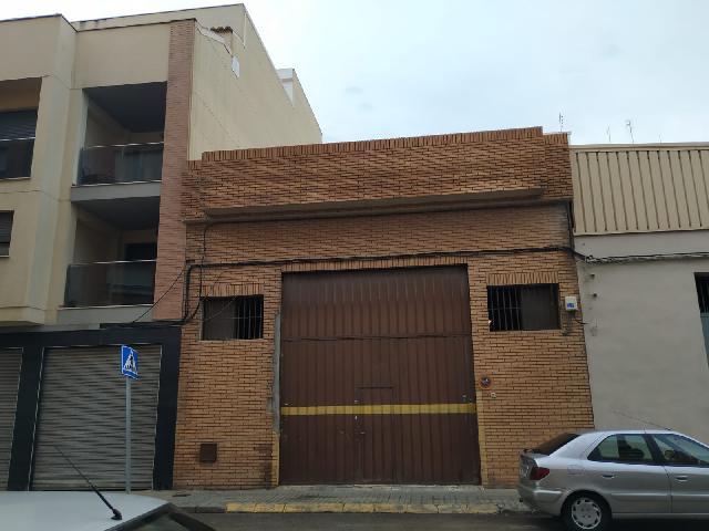 Imagen 1 Inmueble 244763 - Casa Adosada en venta en Burjassot / A escasos metros Parque La Granja, Tranvía y Metro.