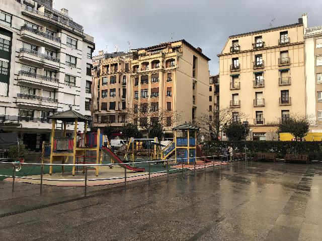Imagen 1 Inmueble 201294 - Piso en venta en San Sebastián / A 500m de la playa de la Zurriola, Gros