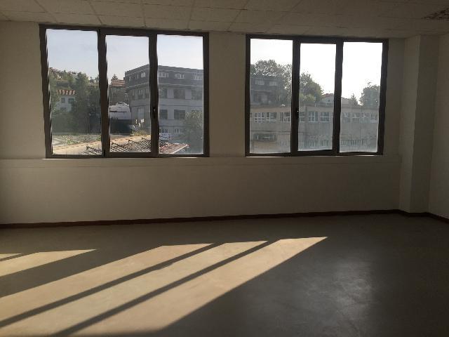 Imagen 1 Inmueble 216204 - Oficina Comercial en venta en San Sebastián / Polígono de Igara, Antiguo, Donostia