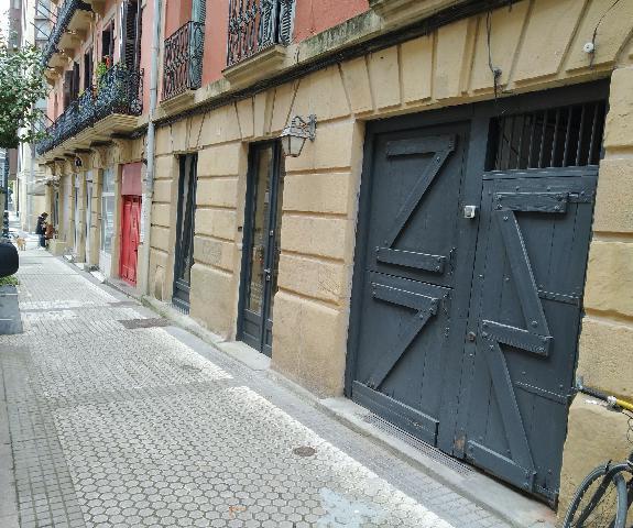 Imagen 1 Inmueble 249013 - Local Comercial en venta en Donostia-San Sebastián / Plaza Easo, Donostia