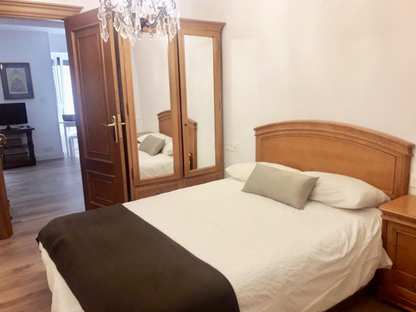 Imagen 2 Apartamento en alquiler en Donostia-San Sebastián / Calle Easo, Centro