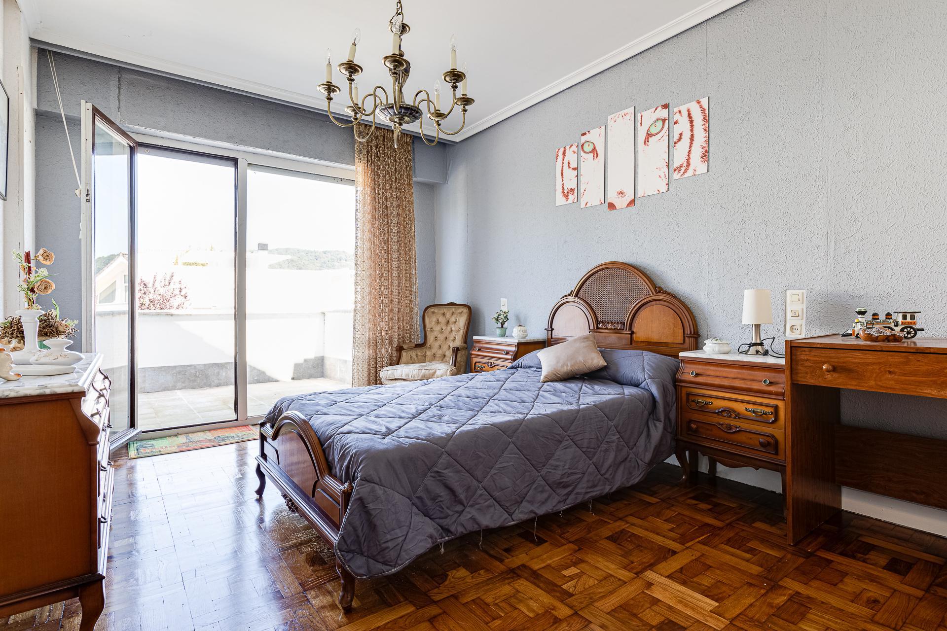 Imagen 3 Casa en venta en Donostia-San Sebastián / Urbanización Montesol, Donostia