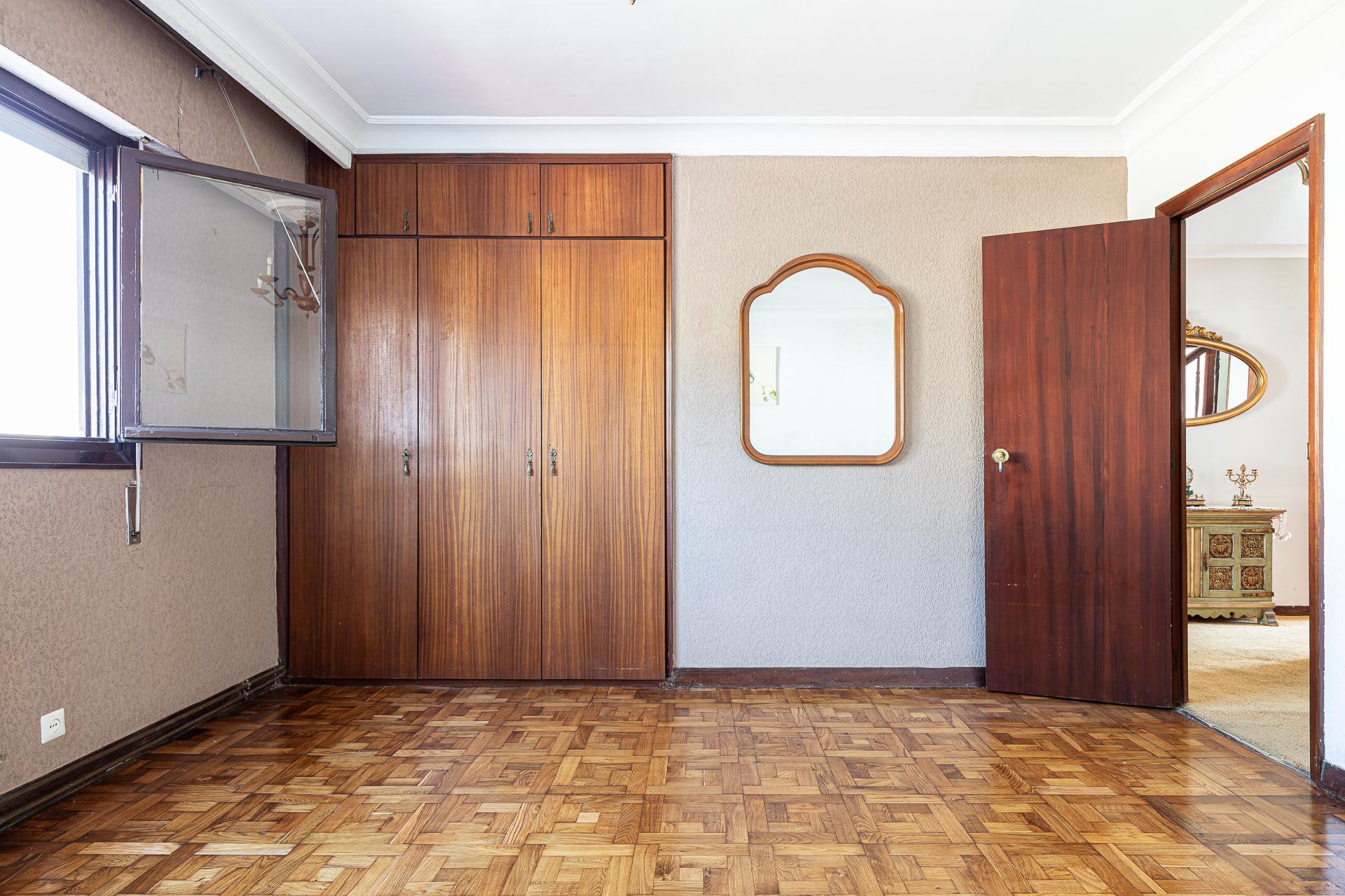 Imagen 4 Casa en venta en Donostia-San Sebastián / Urbanización Montesol, Donostia