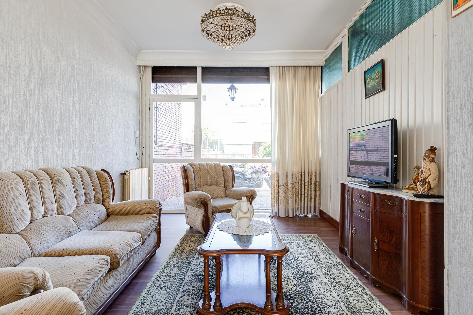 Imagen 2 Casa en venta en Donostia-San Sebastián / Urbanización Montesol, Donostia