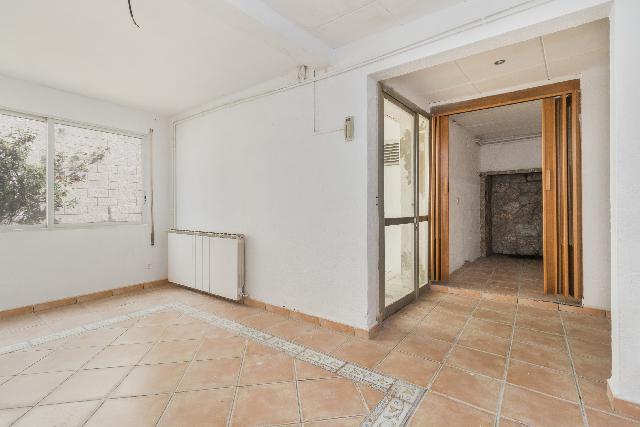 Imagen 1 Inmueble 218283 - Casa en venta en Pla Del Penedès (El) / Entre el Ayuntamiento y la Plaza Mayor.