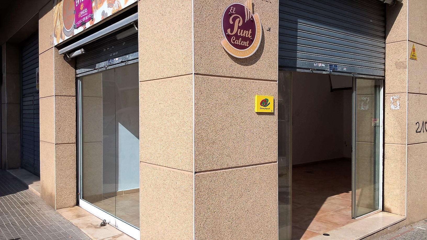 Imagen 3 Local Comercial en venta en Vilafranca Del Penedès / Junto a la plaza Abad Blanch. Mejor z...