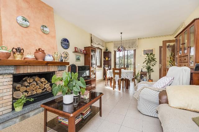 Imagen 1 Inmueble 234663 - Casa en venta en Vilobí Del Penedès / Próximo a la zona residencial y parque natural.