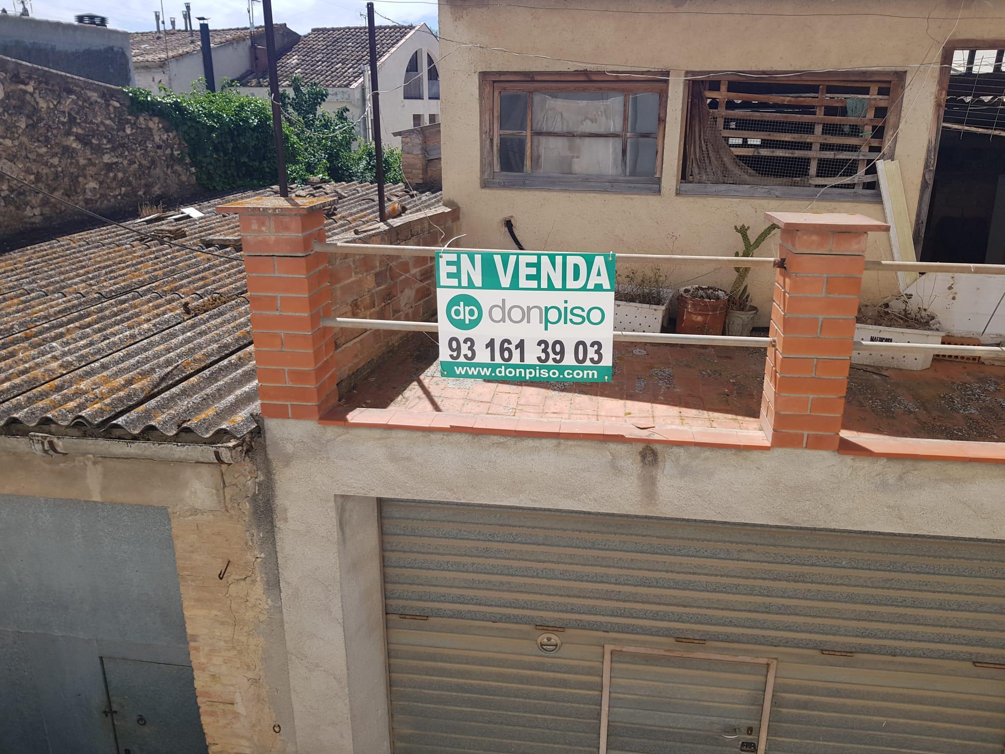 Imagen 3 Solar Urbano en venta en Subirats / Muy céntrico, próximo al Ayuntamiento.