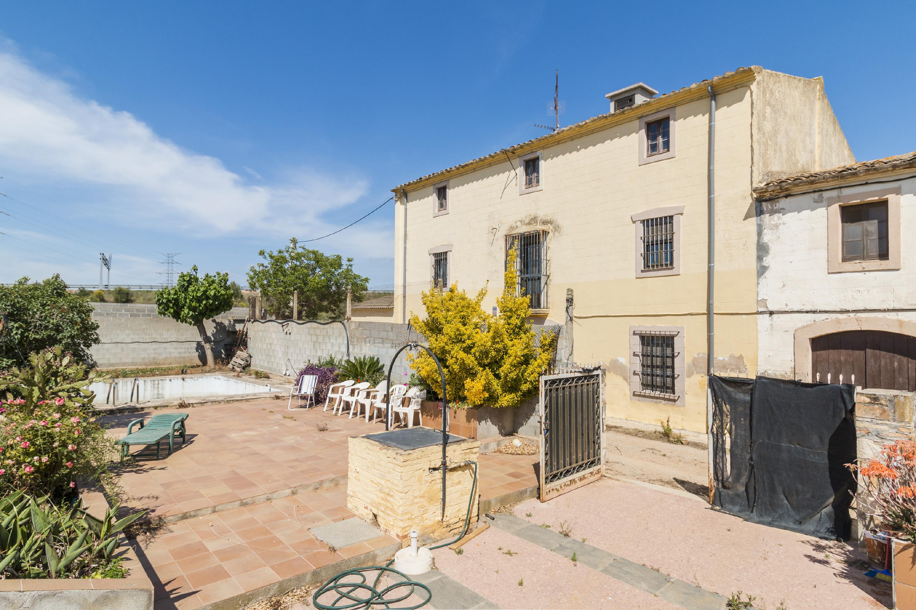 Imagen 1 Casa en venta en Vilafranca Del Penedès / Carretera de l´Espirall a La Granada