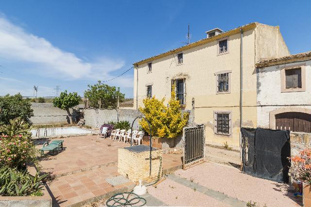 Imagen 1 Inmueble 250217 - Casa en venta en Vilafranca Del Penedès / Carretera de l´Espirall a La Granada