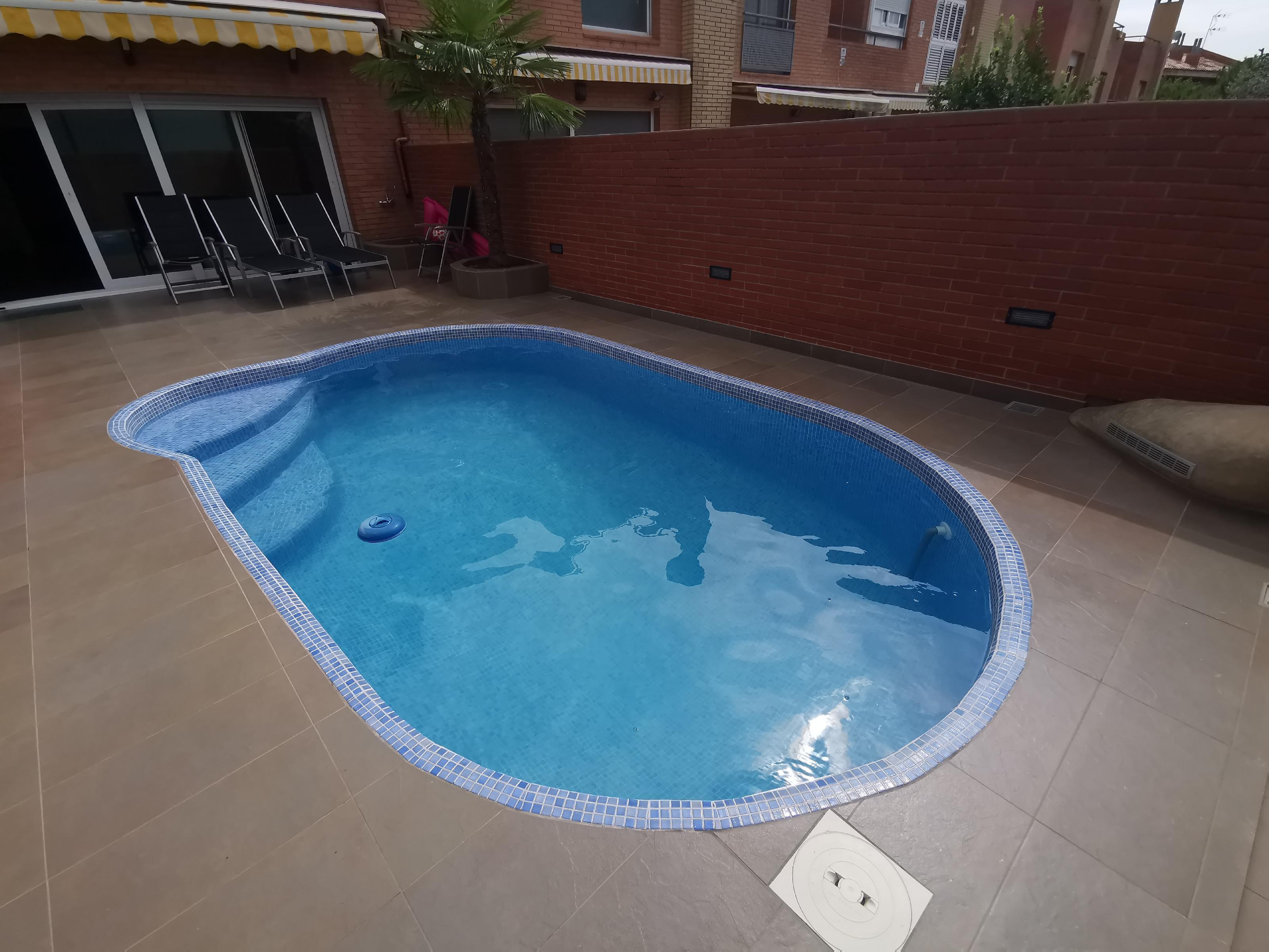 Imagen 2 Casa Adosada en venta en Badalona / Bonavista badalona