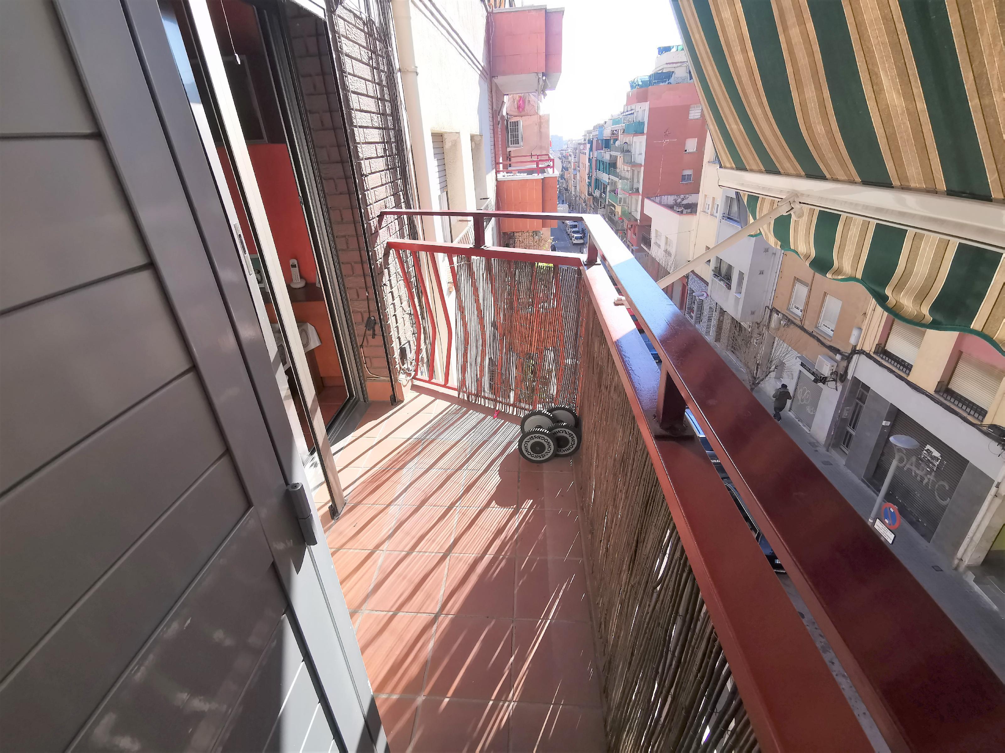 Imagen 1 Piso en venta en Badalona / Badalona la Salut Pau Piferrer