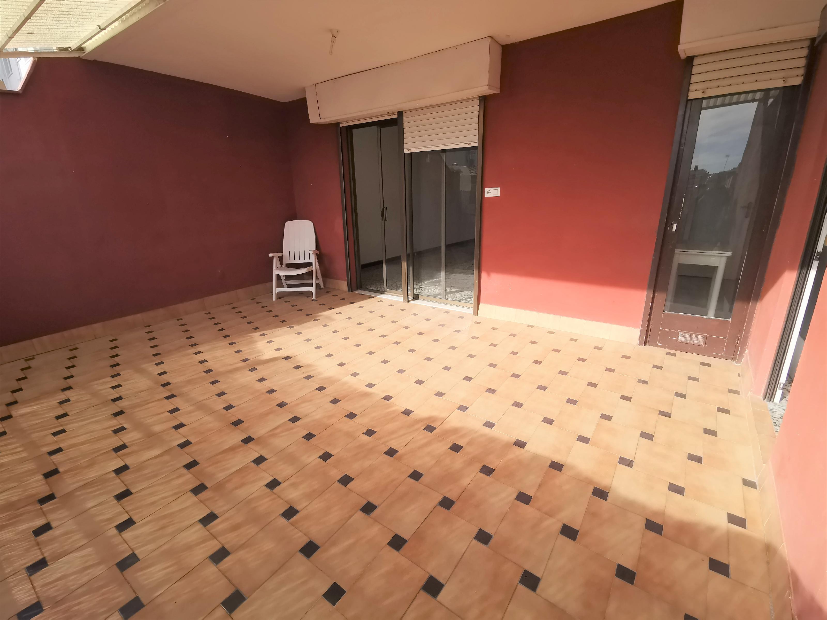 Imagen 2 Piso en venta en Badalona / Pep Ventura calle Guifre