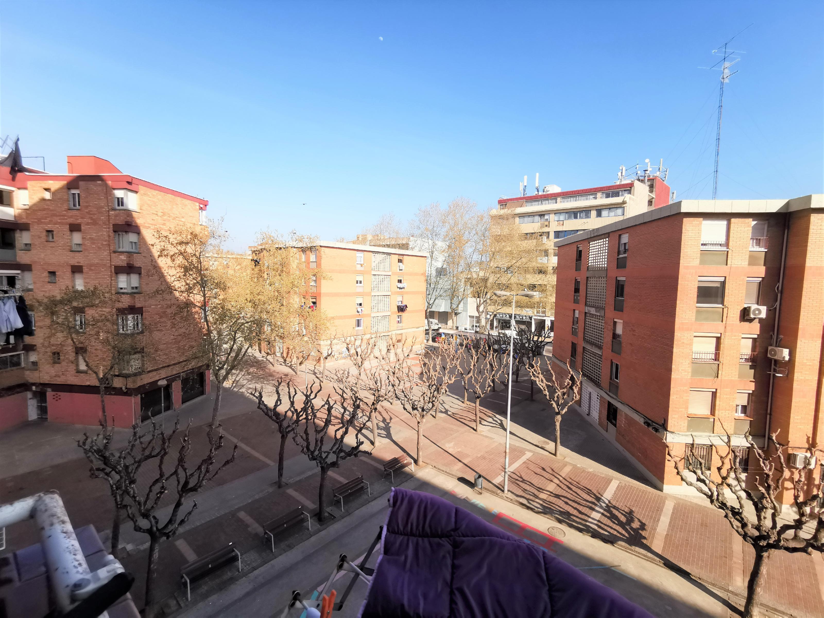 Imagen 1 Piso en venta en Badalona / Metro Sant Roc - Badalona