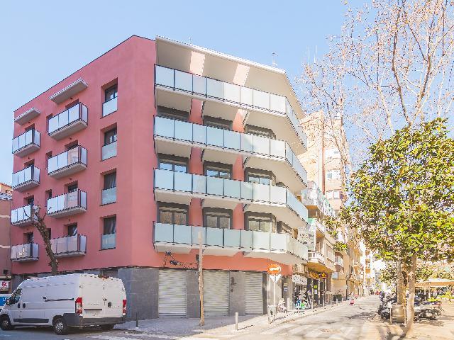 Imagen 1 Inmueble 220072 - Piso en venta en Hospitalet De Llobregat (L´) / Rambla Just Oliveres
