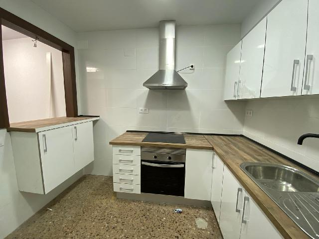 Imagen 1 Inmueble 248455 - Local Comercial en alquiler en Hospitalet De Llobregat (L´) / Excelente ubicación a 5 minu...