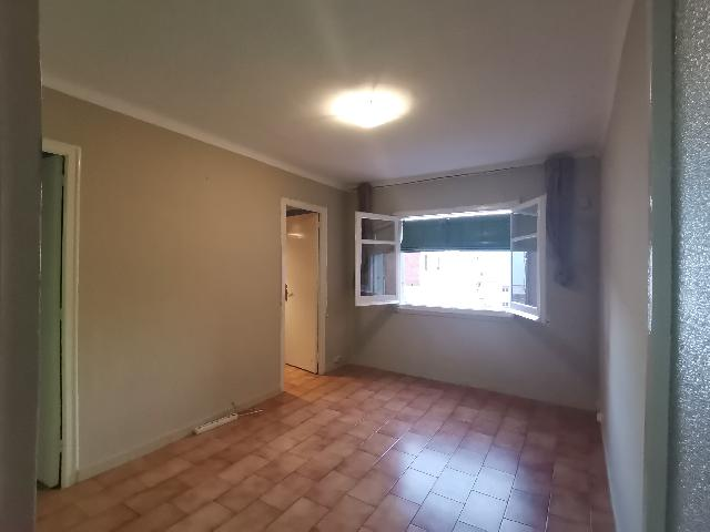 Imagen 1 Inmueble 249052 - Apartamento en alquiler en Barcelona / Junto al metro de Santa Eulalia