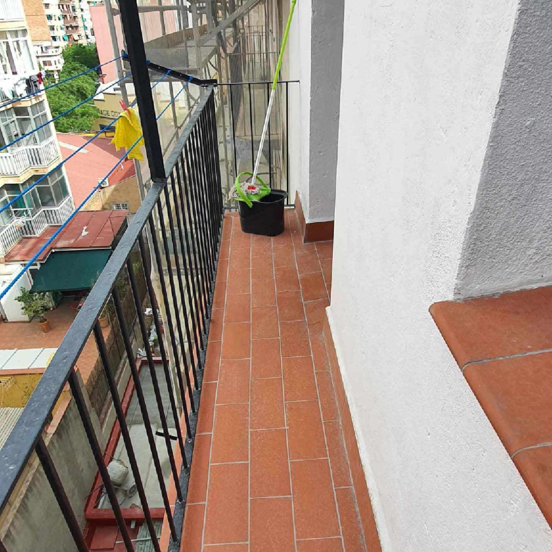 Imagen 1 Apartamento en venta en Hospitalet De Llobregat L´ / A 30 metros de barcelona y 4 minuto...