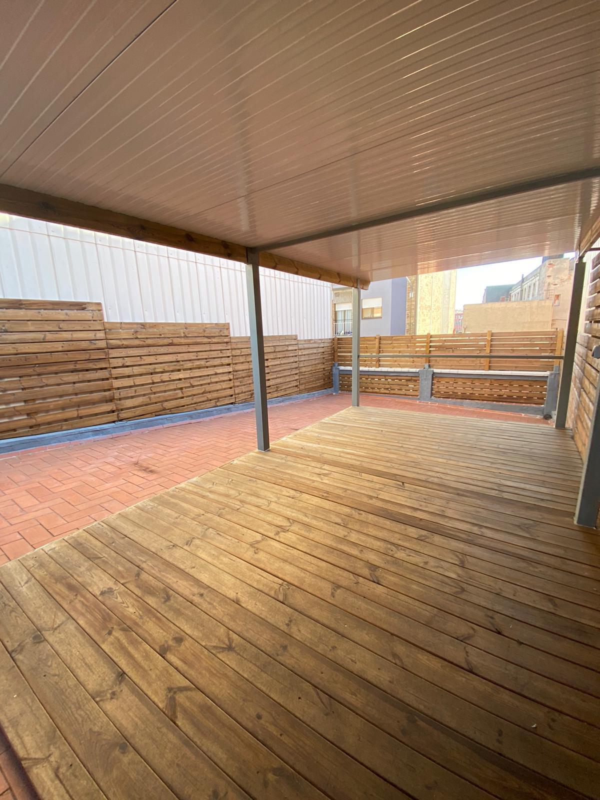 Imagen 4 Casa Aislada en alquiler en Hospitalet De Llobregat L´ / Junto al metro de torrasa.