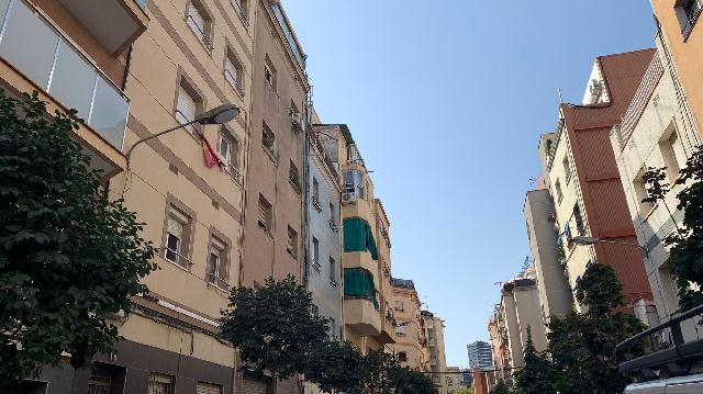 Imagen 1 Inmueble 252698 - Piso en venta en Hospitalet De Llobregat (L´) / A dos calles de la Avenida Torrente Gornal