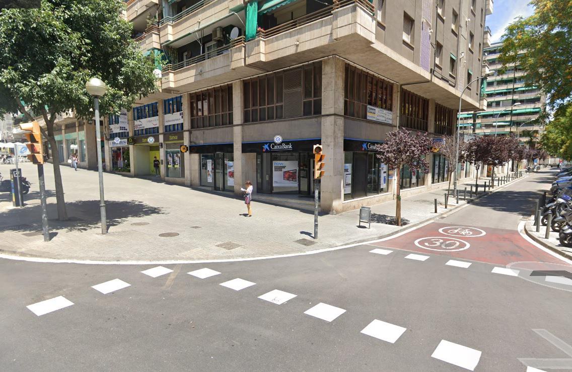 Imagen 1 Piso en venta en Hospitalet De Llobregat L´ / Junto. av miraflores pb reformada.