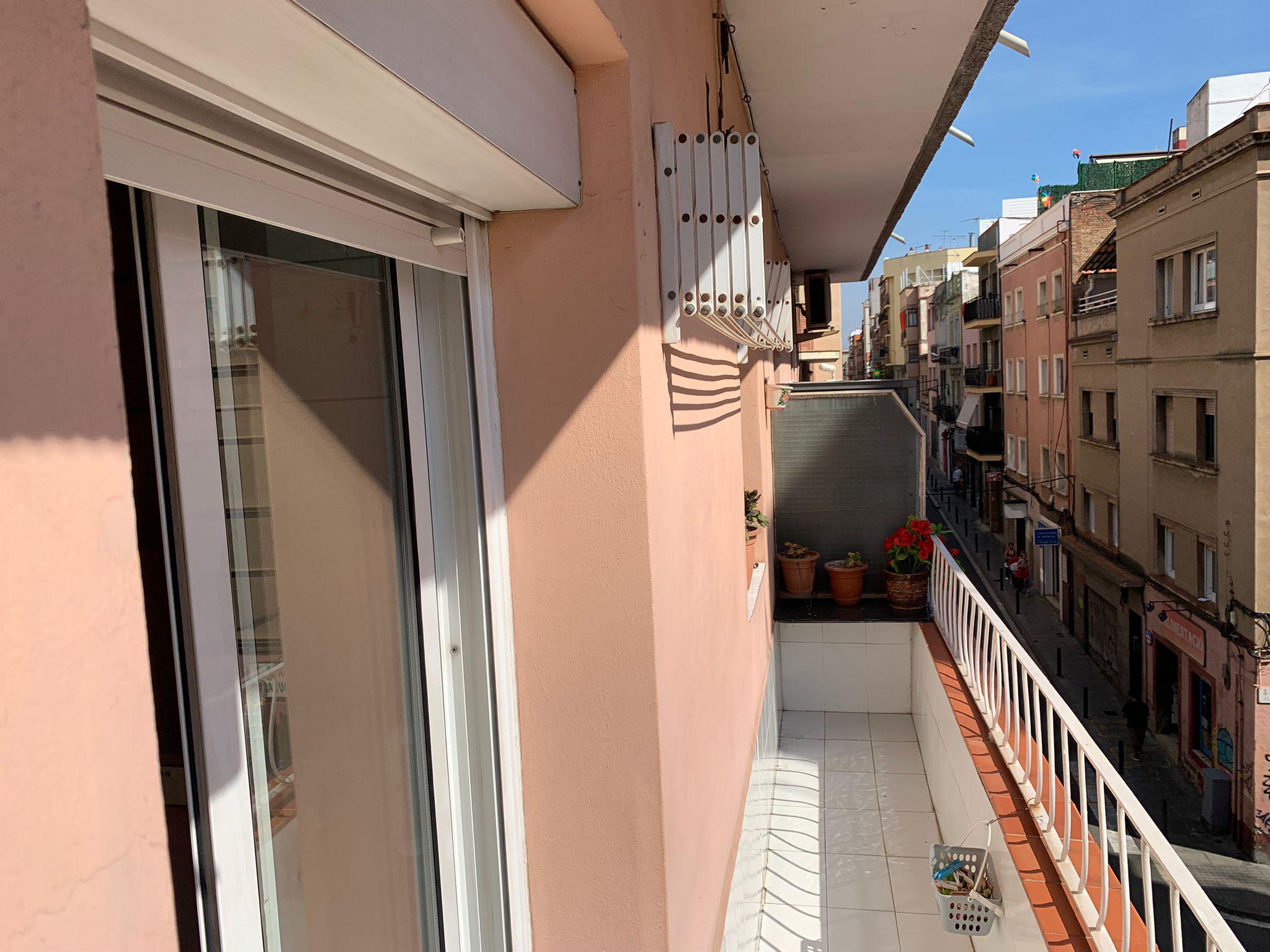 Imagen 1 Piso en venta en Hospitalet De Llobregat L´ / A 5 minutos del Mercado de Collblanc